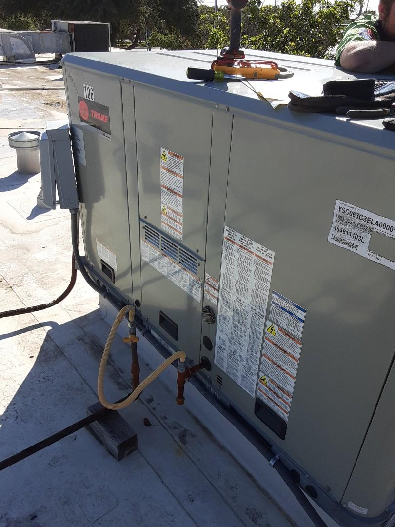Hurst, TX - Commercial maintenance on trane unit