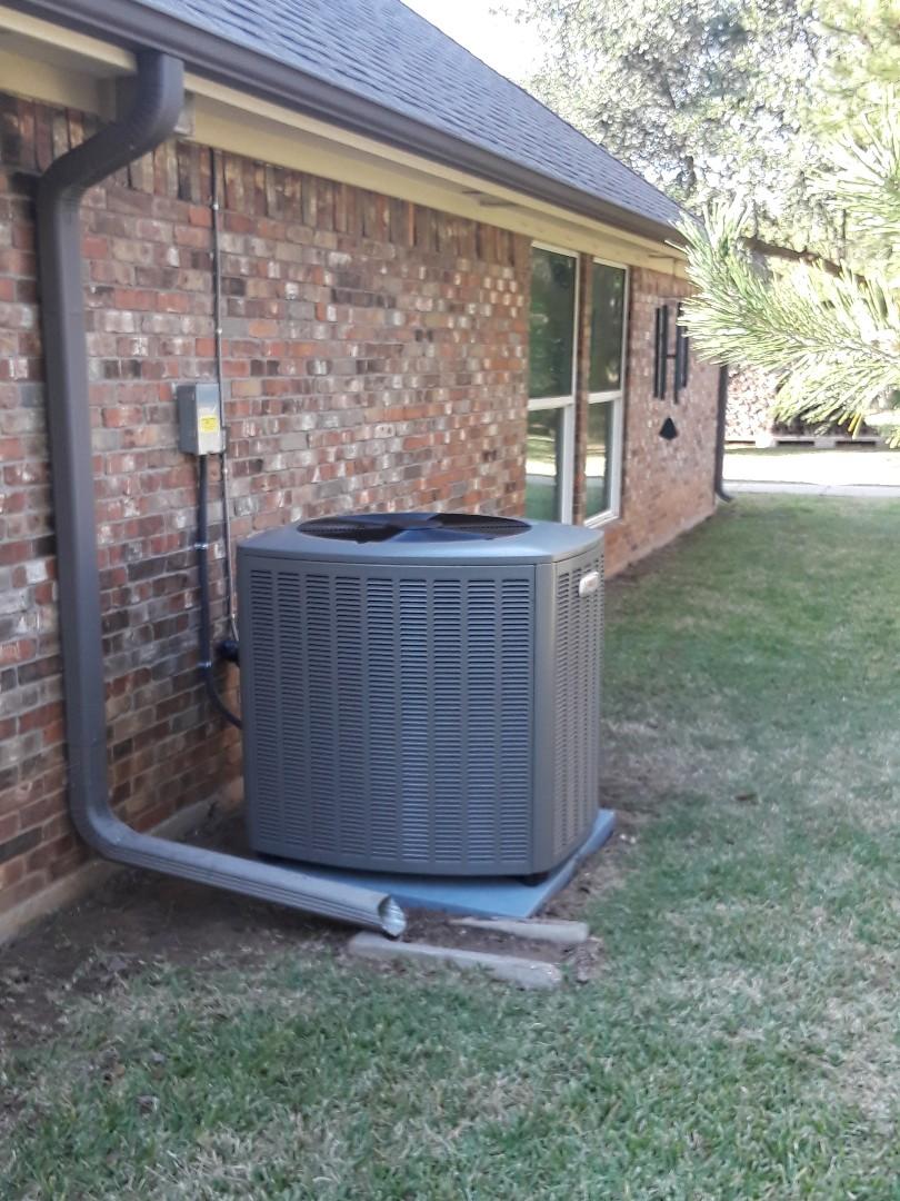 Arlington, TX - Install new Lennox heat pump system