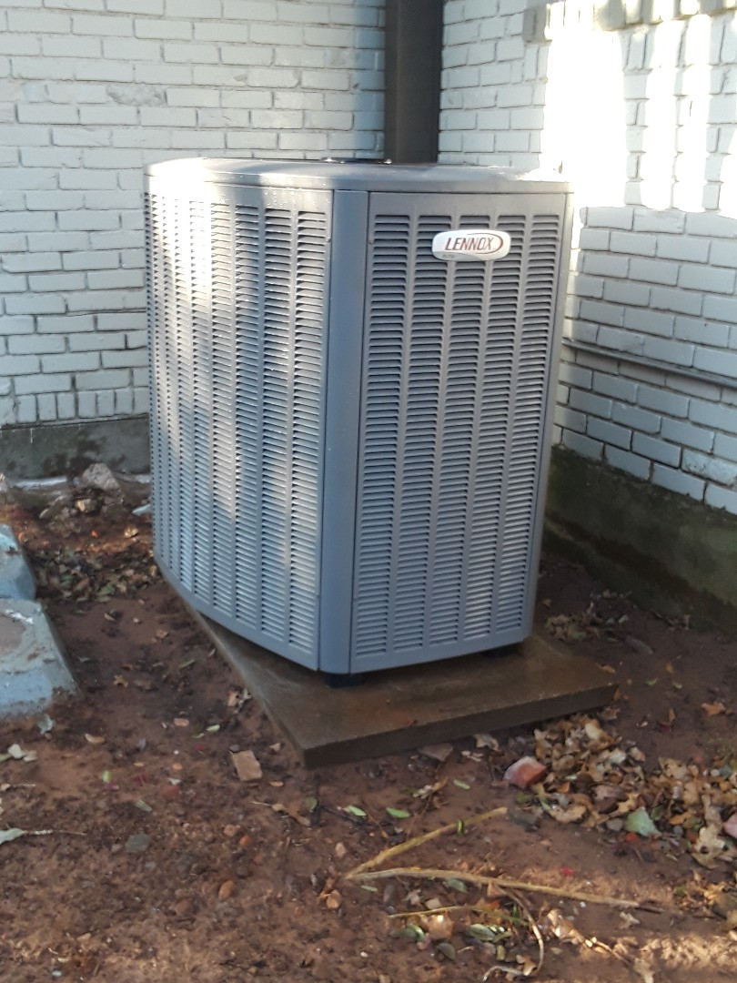 Colleyville, TX - Heat tune up on a Lennox system.