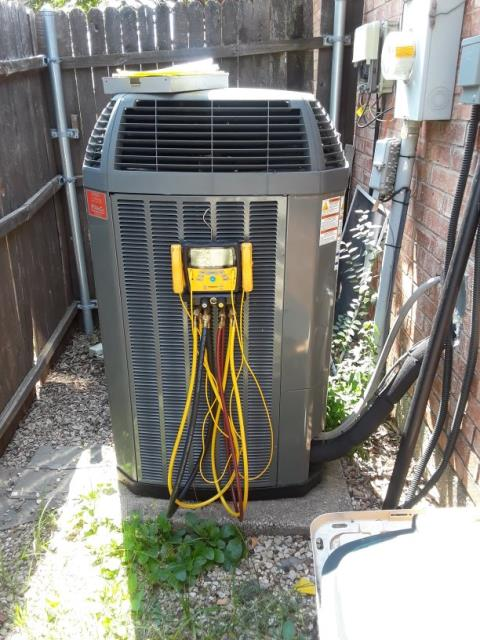 Keller, TX - Warranty repair on a Trane system.