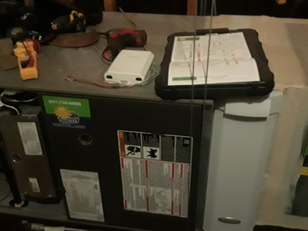 Colleyville, TX - Heat maintenance Lennox gas furnace safety inspection
