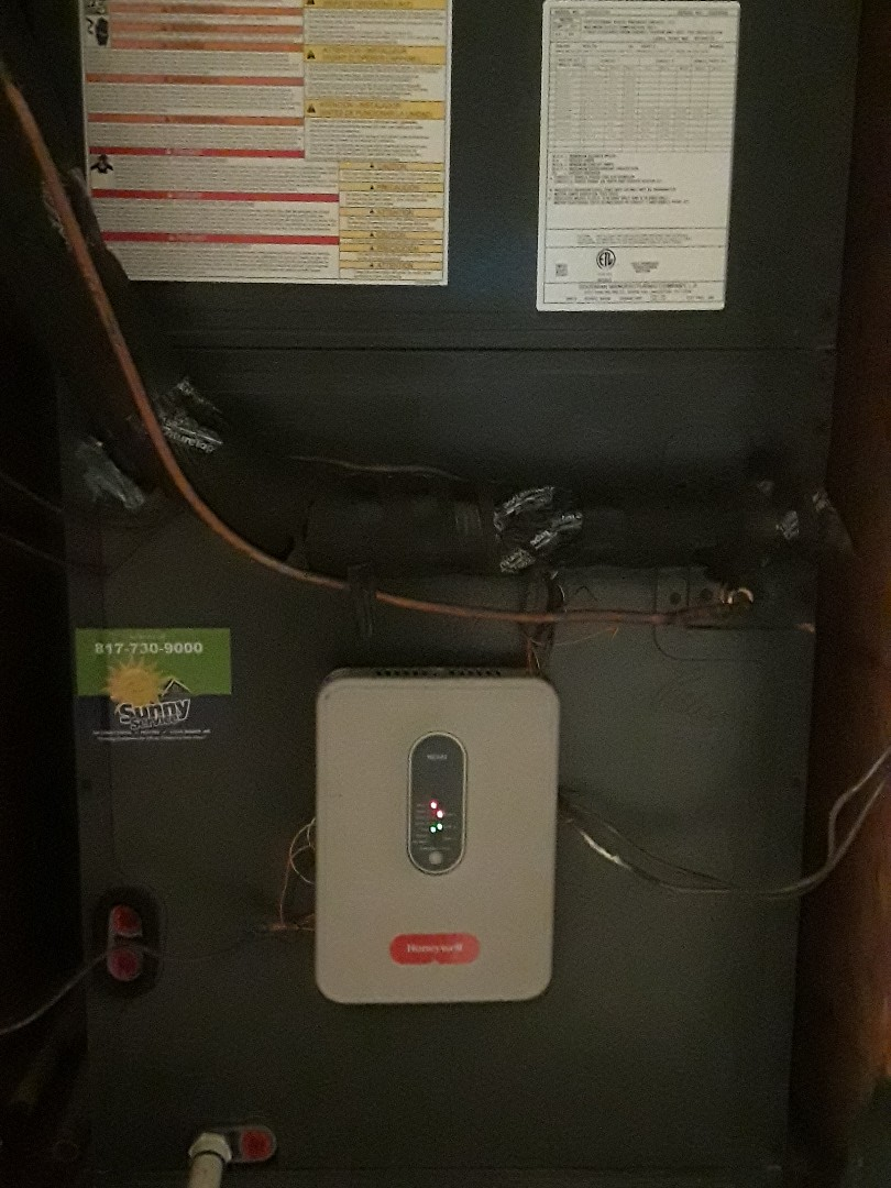 Arlington, TX - No heat. Found shorts in the low voltage wiring on a Goodman