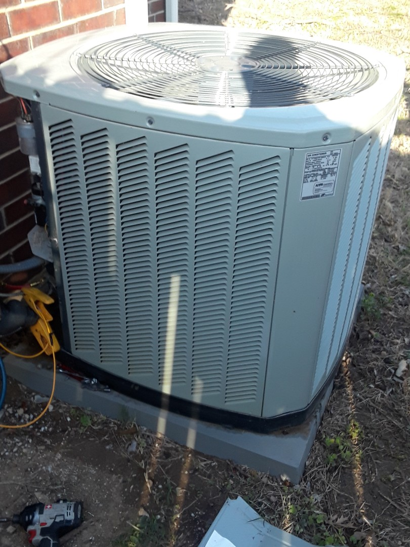 Lewisville, TX - 1 system a.c. tune up on a Trane.