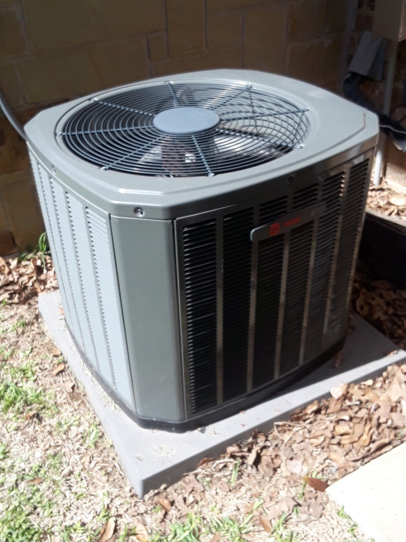 Southlake, TX - Air Conditioner repair on a Trane.