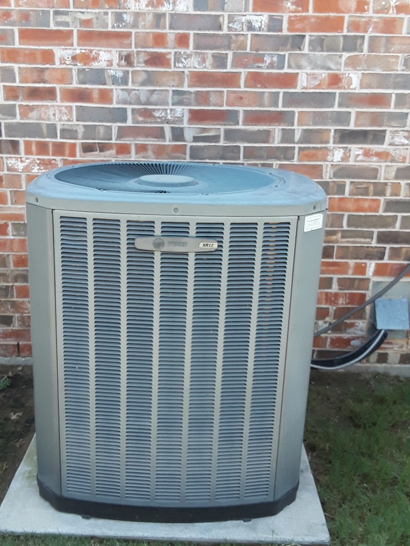 Colleyville, TX - Air conditioning tune-up on a Trane.