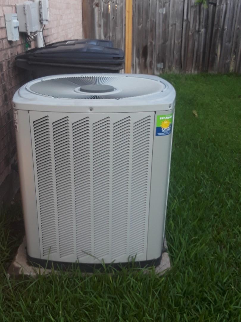 Fort Worth, TX - Air conditioner maintenance