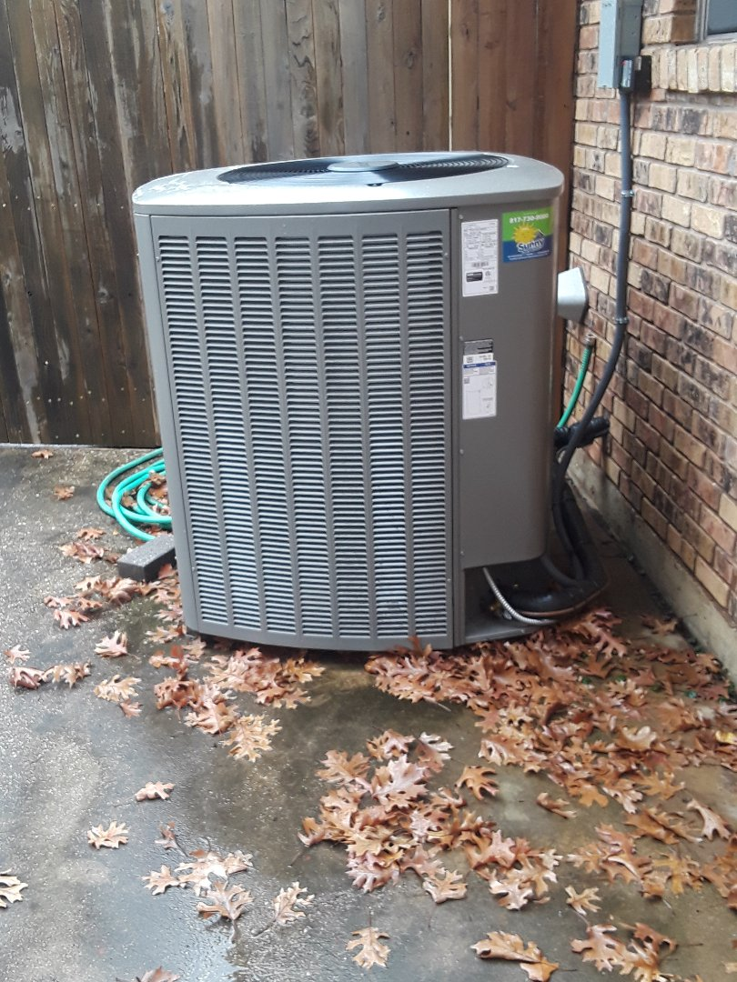 Bedford, TX - Heat maintenance