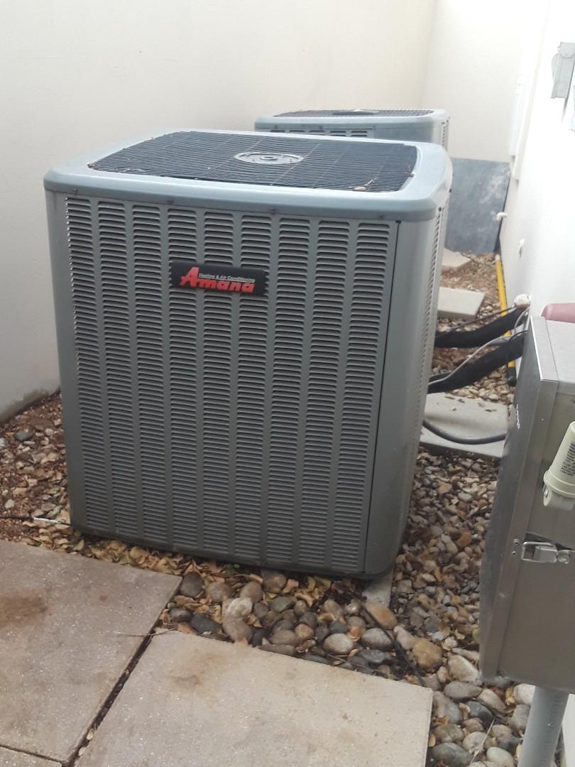 Colleyville, TX - Heat maintenance on a Goodman Heat Pump
