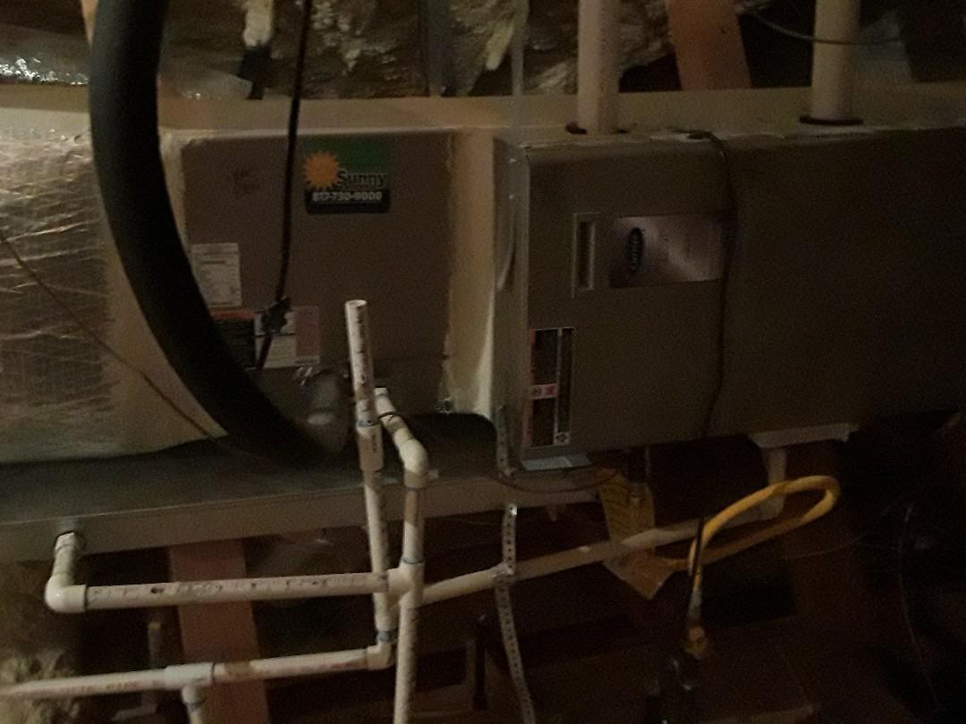 Keller, TX - Heat maintenance on a Carrier furnace.