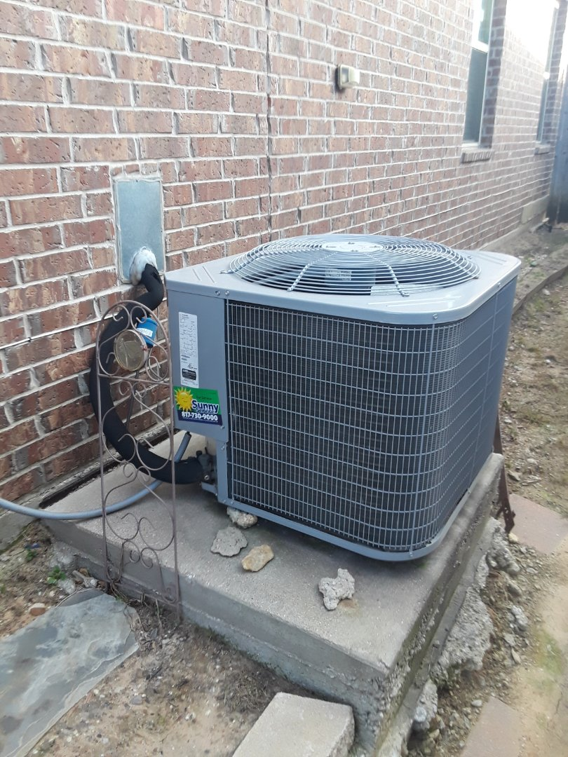 Fort Worth, TX - Water leak service call for Carrier Heat Pump system