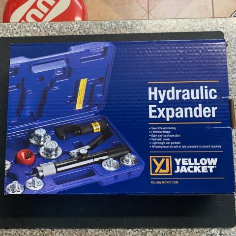 Miami, FL - Yellow Jacket Hydraulic tube expander being shipped out to Miami, FL.