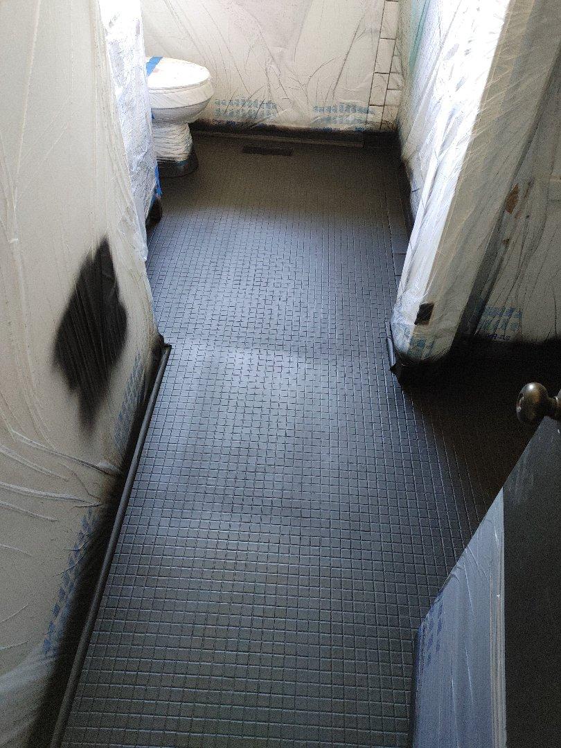Fayetteville, NC - Refinishing bathroom floor