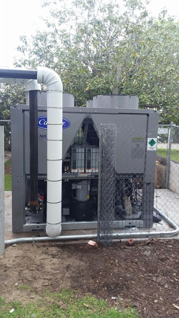 Lake Wales, FL - Installing a chiller