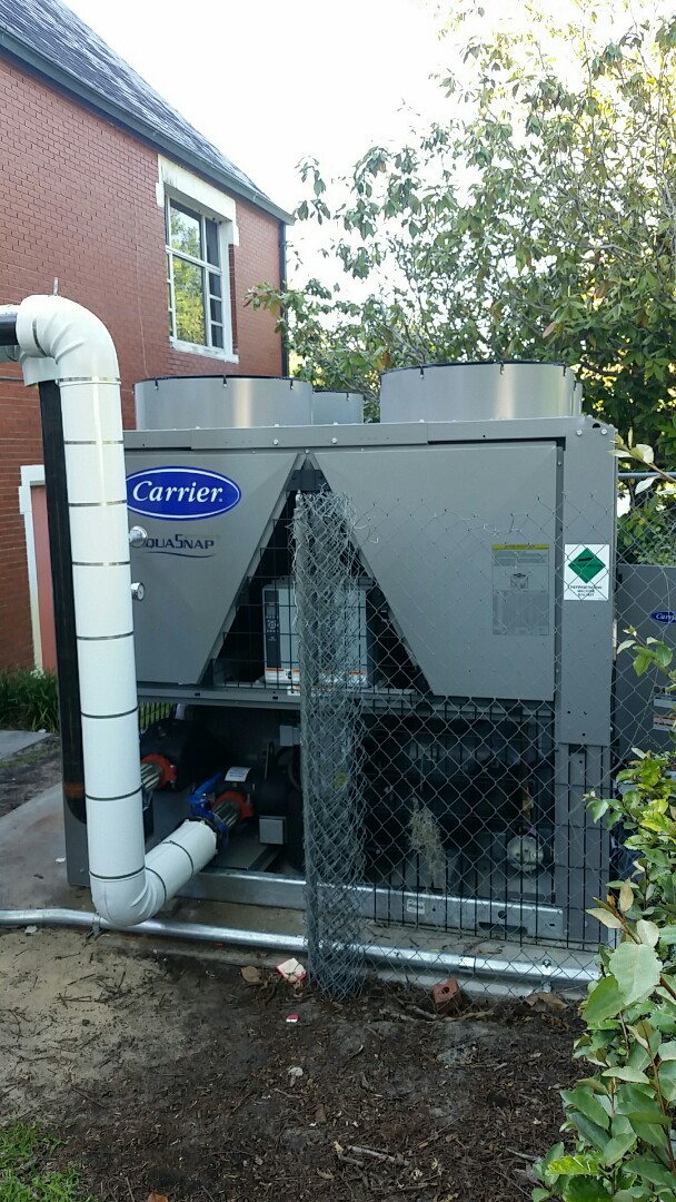 Lake Wales, FL - Installing chiller unit on church in Lake Wales.