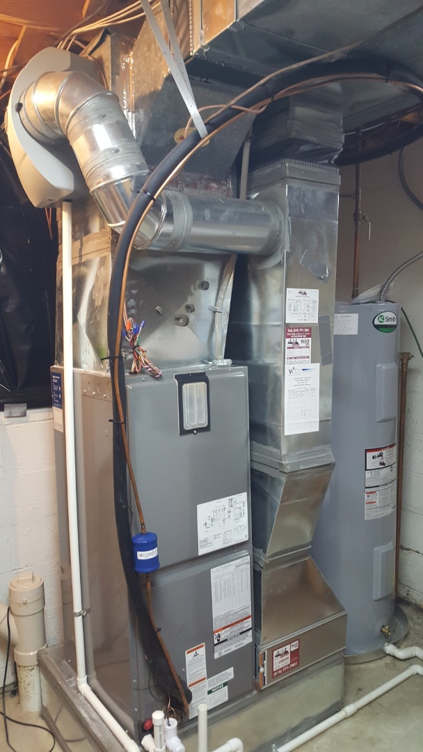 Powell, OH - Pre-season heating tune up cleaning and preventive maintenance  Filter rotation and humidifier setup  Rheem variable speed electric air handler  Aprilaire 600 humidifier