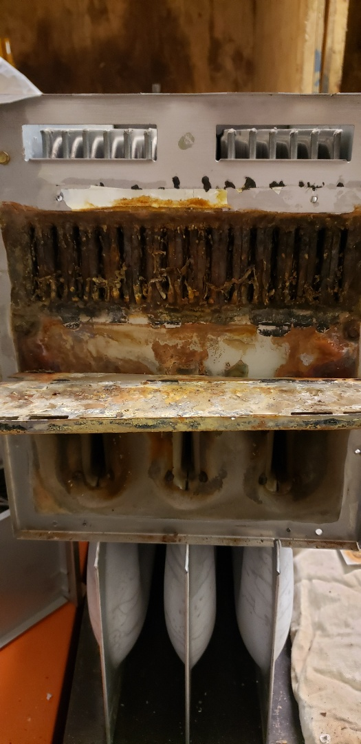 Westerville, OH - Replaced a bad heat exchanger in Westerville. This furnace was producing over 500PPM of carbon monoxide in the stack.