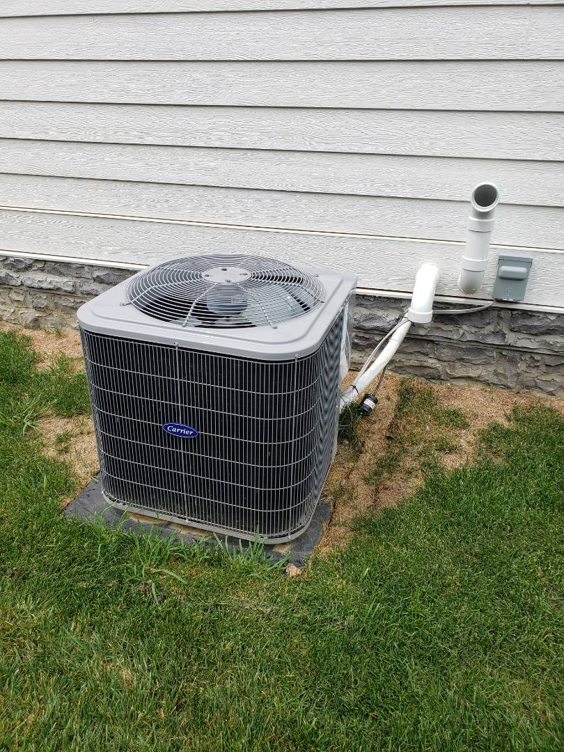 Grove City, OH - Carrier air conditioner installation.