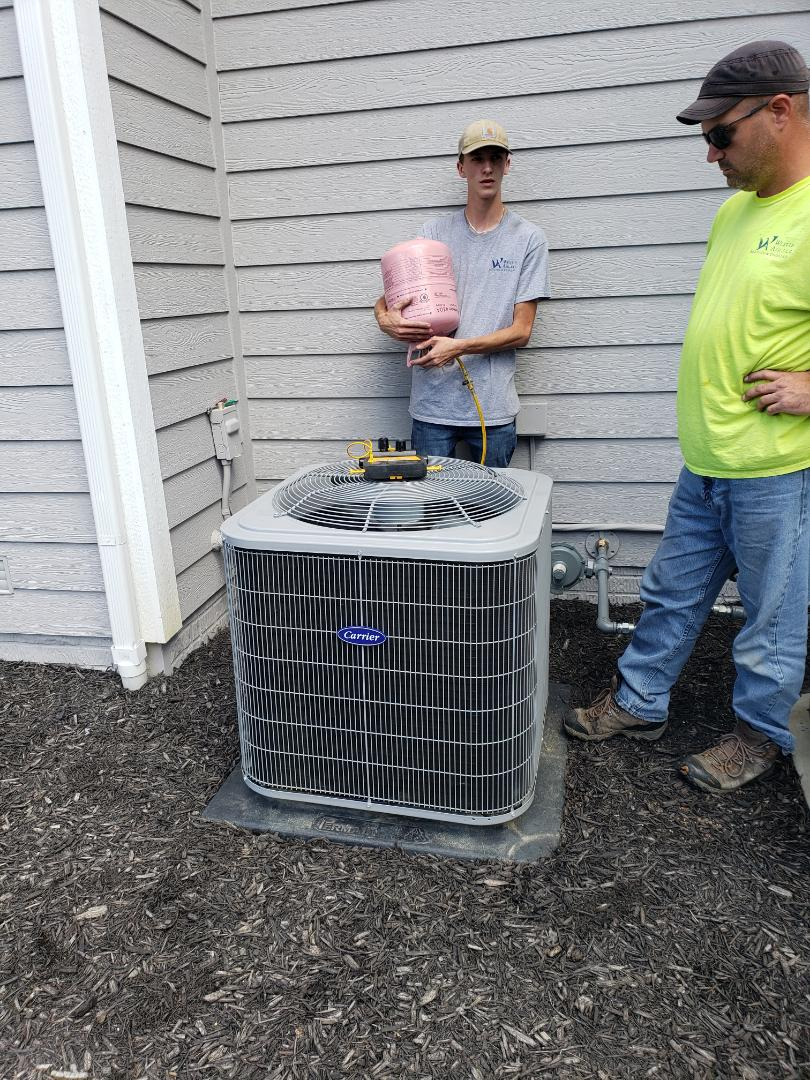 Lewis Center, OH - Carrier air conditioner installation.