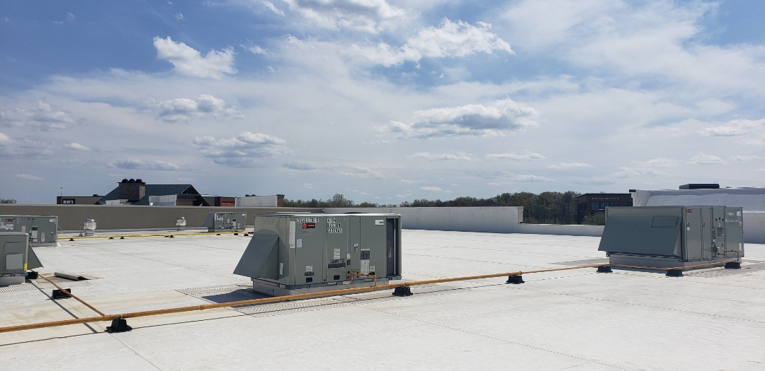 Columbus, OH - Trane commercial RTU maintenance.