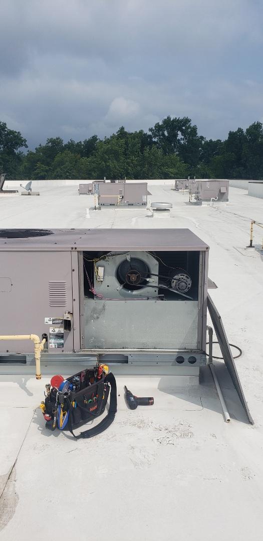 Commercial RTU repairs in Lewis Center