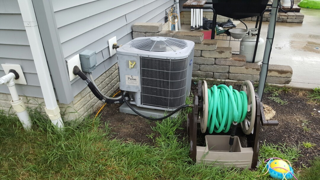 Sunbury, OH - Bryant 13 seer puron Builder grade cooling system maintenance cleaning and refrigerant charge Butterfly Dr Sunbury, OH 43074