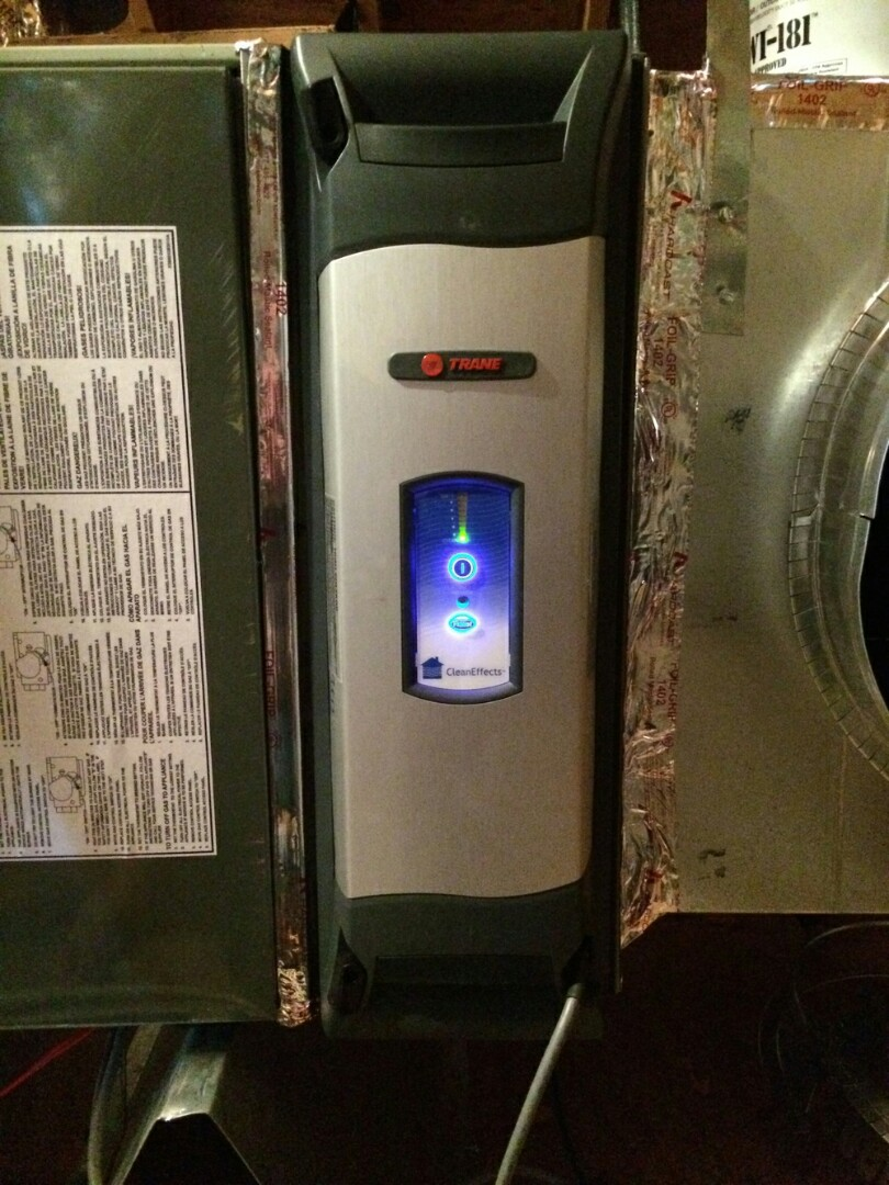 Dublin, OH - Trane xv95 heating system tune-up Trane cleaneffects air purifier and humidifier winter cleaning and setup Shillingham Ct Powell, OH 43065