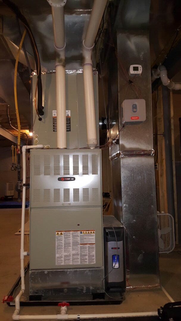 Lewis Center, OH - Trane XB high efficiency Heating and Cooling Trane cleaneffects air purification system and Honeywell HE250 automatic humidifier Ludington Drive  Lewis Center, OH 43035