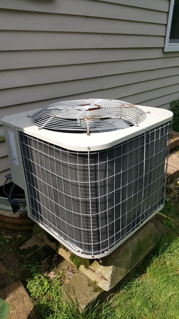 Powell, OH - Payne 13 seer R22 heat pump cooling system analysis coil flush and tune up inspection Rutherford Rd. Powell, OH 43065