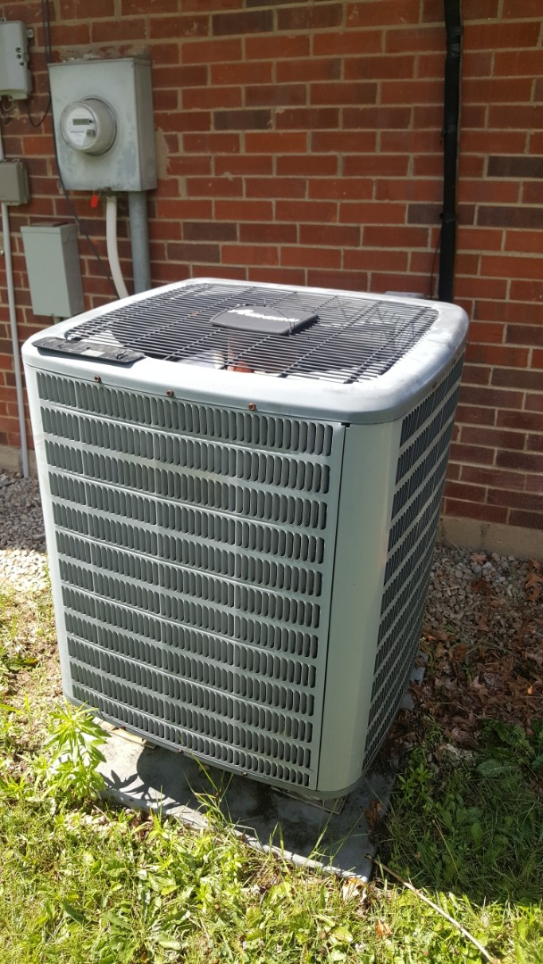Westerville, OH - Amana heat pump cooling system replacement motor starting capacitor and condenser coil flush Liege Place Westerville, OH 43081