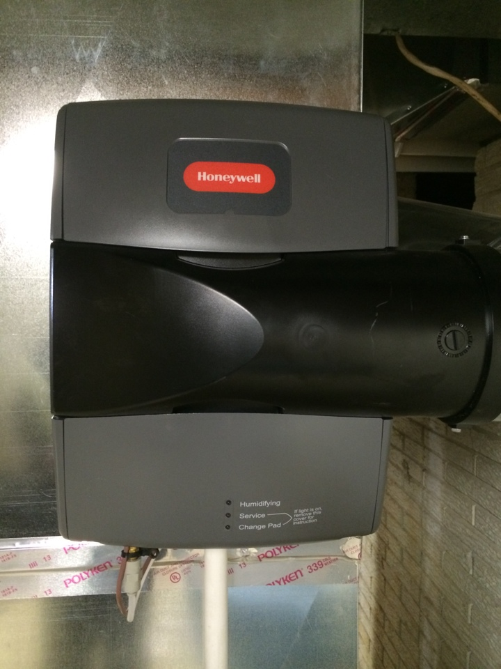 Pickerington, OH - New Honeywell humidifier.
