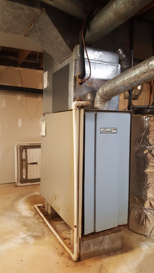 Westerville, OH - Luxaire Standing pilot Thermocouple replacement and cleaning Lewis Center Rd. Westerville, OH 43082