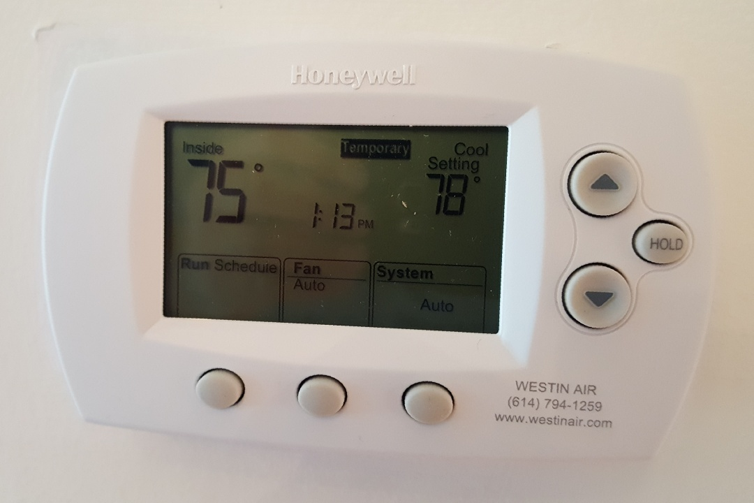 Westerville, OH - HoneywellFocus Pro 6000 programmable Auto changeover thermostat upgrade Village Green Loop Westerville, OH 43082