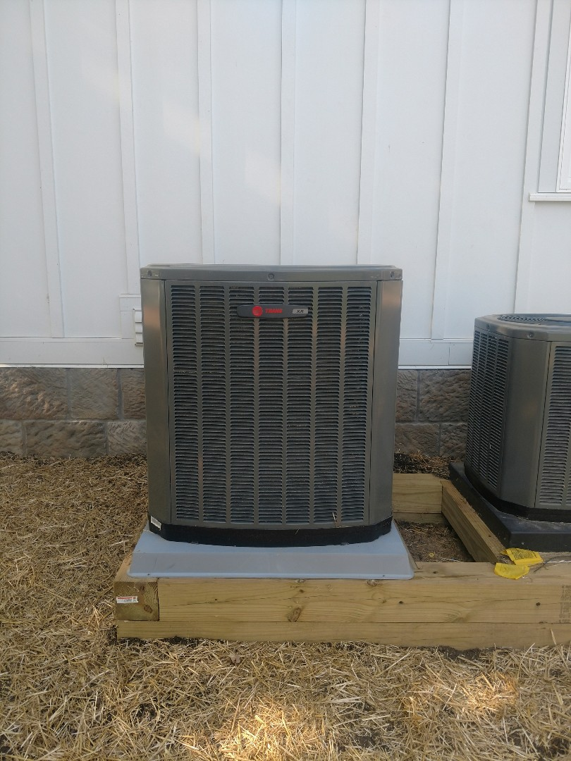 Galena, OH - Trane XR13 air conditioner installation in beautiful home on Hoover reservoir near Galena.