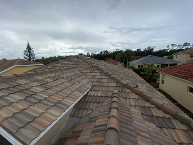 Fort Myers, FL - Roof Replacement, New tile roof, Storm Roof Replacemet