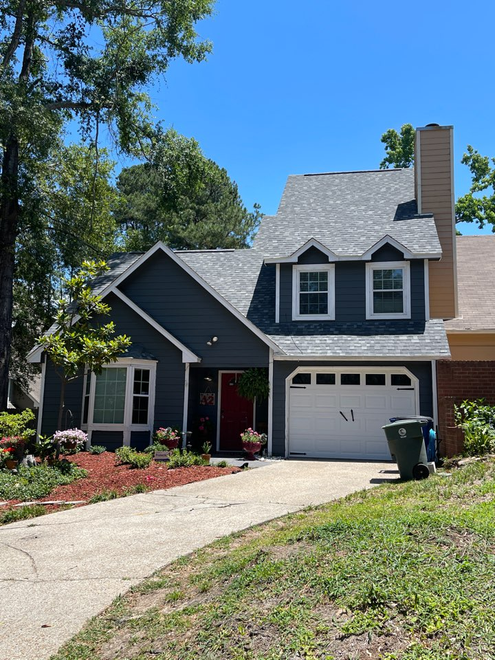 Daphne, AL - Just finished another gorgeous roof replacement in Daphne, AL. Homeowner was ecstatic with her new IKO Dynasty Castle Gray roof!