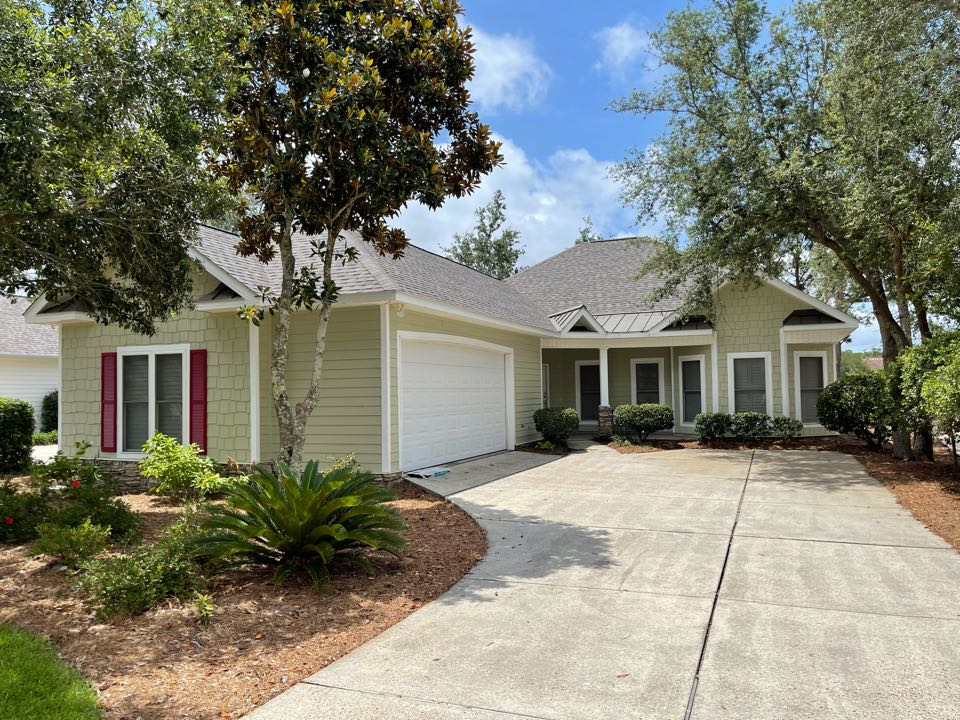 Gulf Shores, AL - Beautiful home just completed in IKO Dynasty Driftshake!