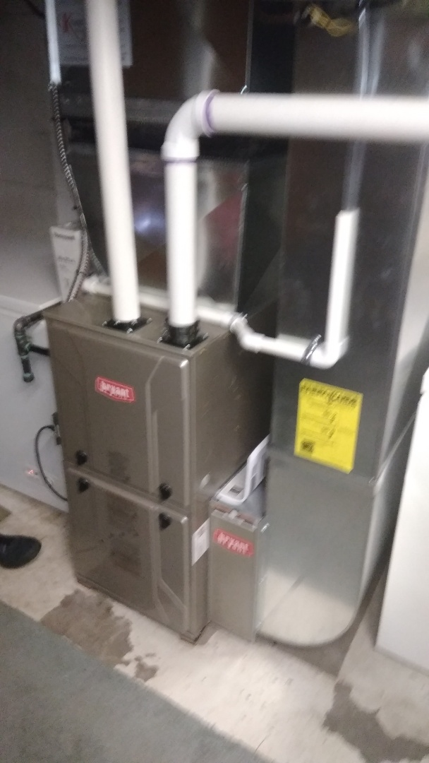 Clarkston, MI - Installed an 80000 BTU Bryant furnace 90% efficient