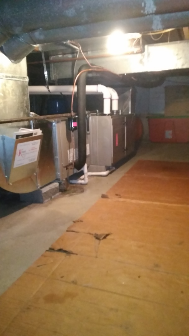 West Bloomfield Township, MI - Installed an 80000 BTU Bryant furnace