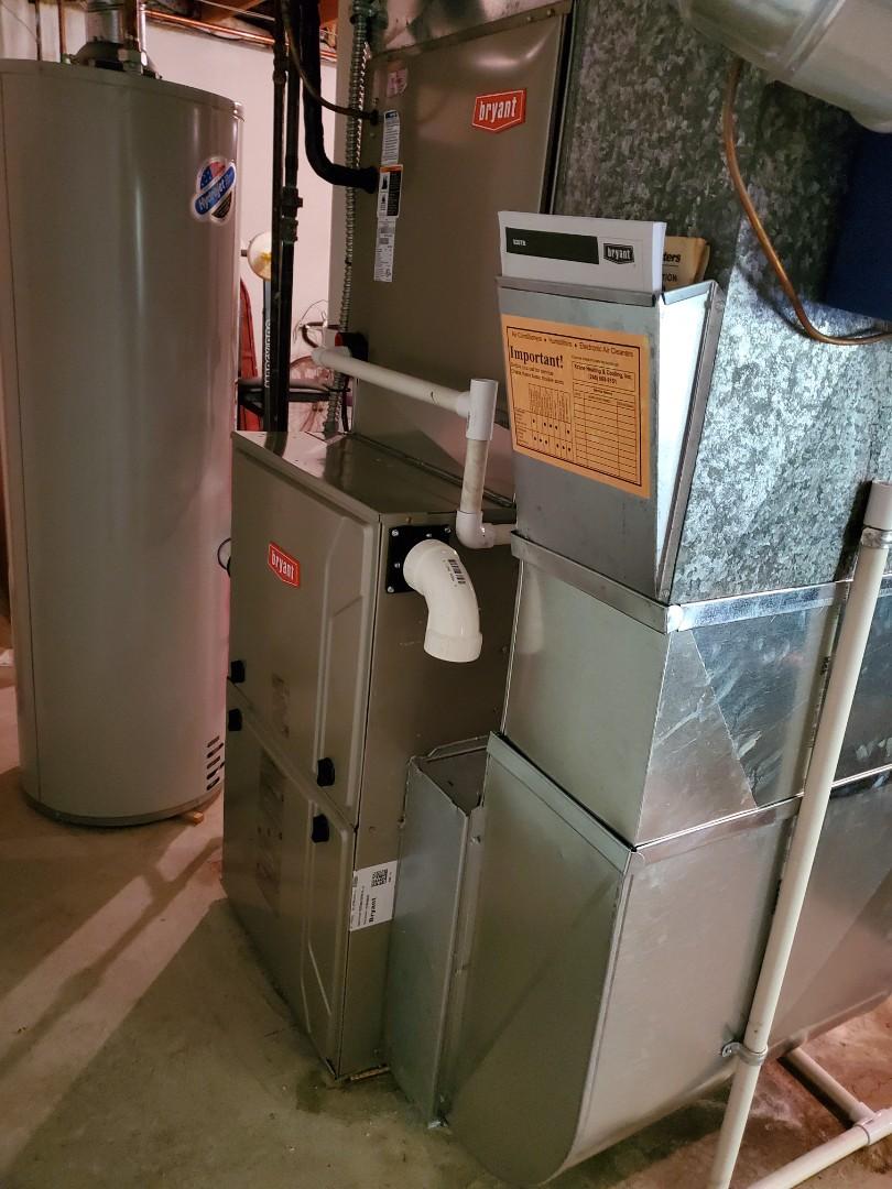 Novi, MI - Install day 96% efficient Bryant furnace