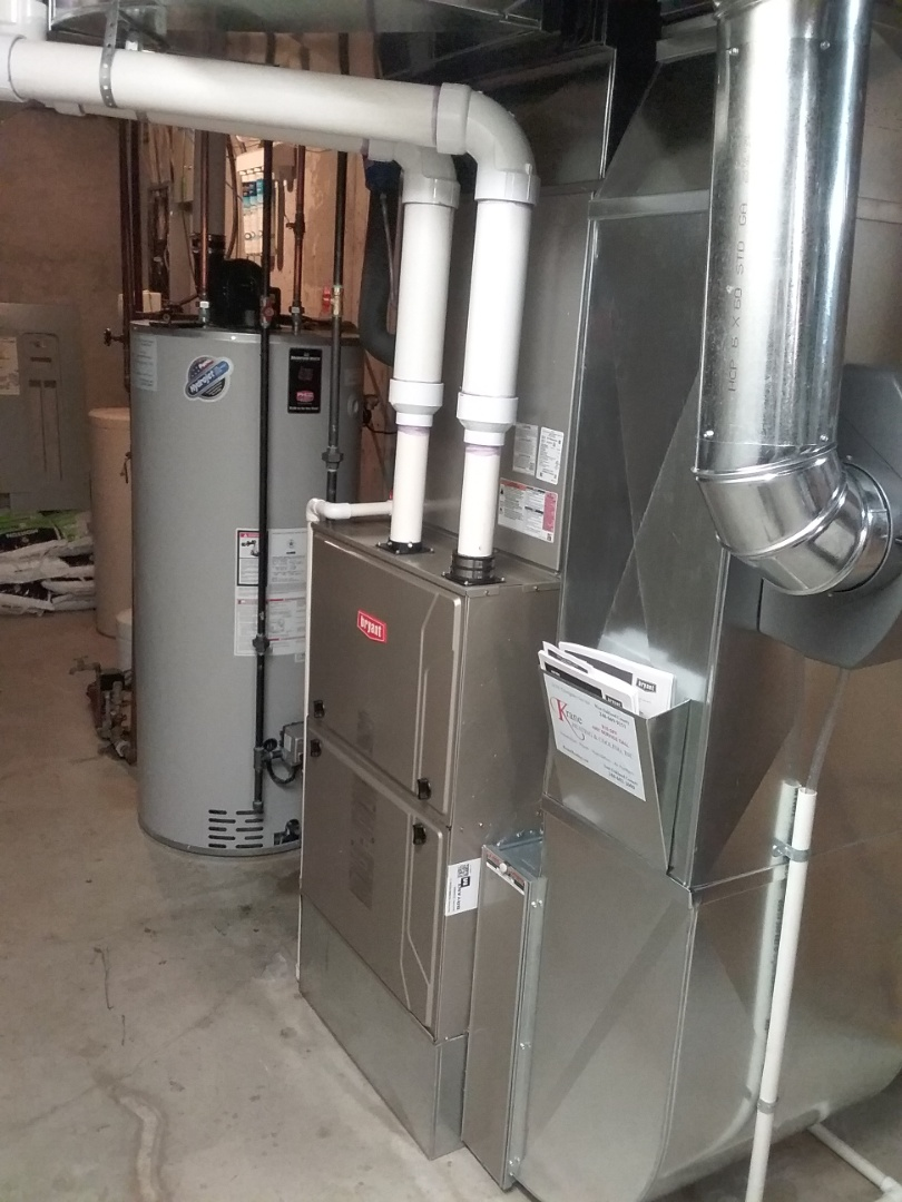 Clarkston, MI - Finished a new Bryant Evolution system with a Bradford White power vent water heater.