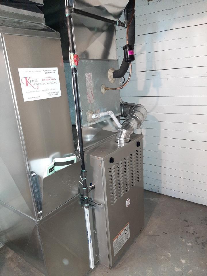 Pontiac, MI - Installed 110000 BTU Payne furnace.