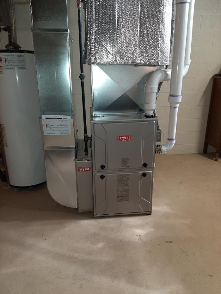 Waterford Township, MI - Install a hundred thousand BTU Bryant furnace 96% efficient