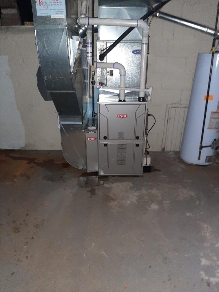 Pontiac, MI - Installed a hundred thousand BTU Bryant furnace 96% efficient
