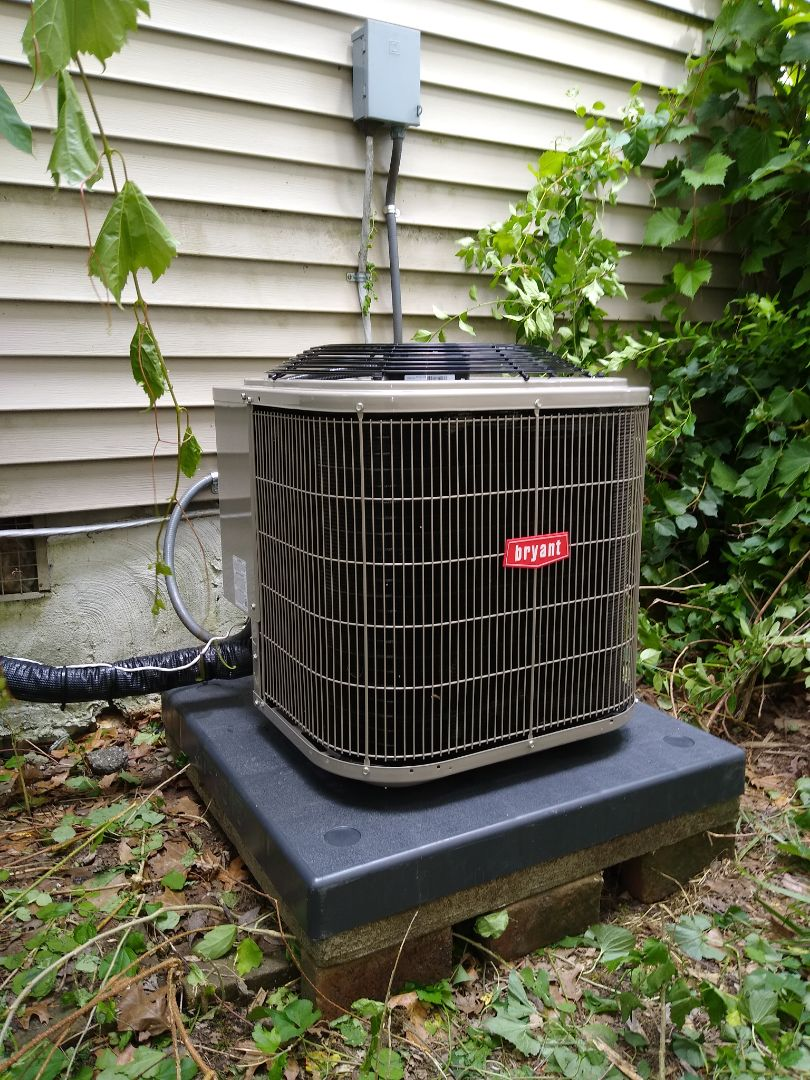 Keego Harbor, MI - Installed a Bryant air conditioning system