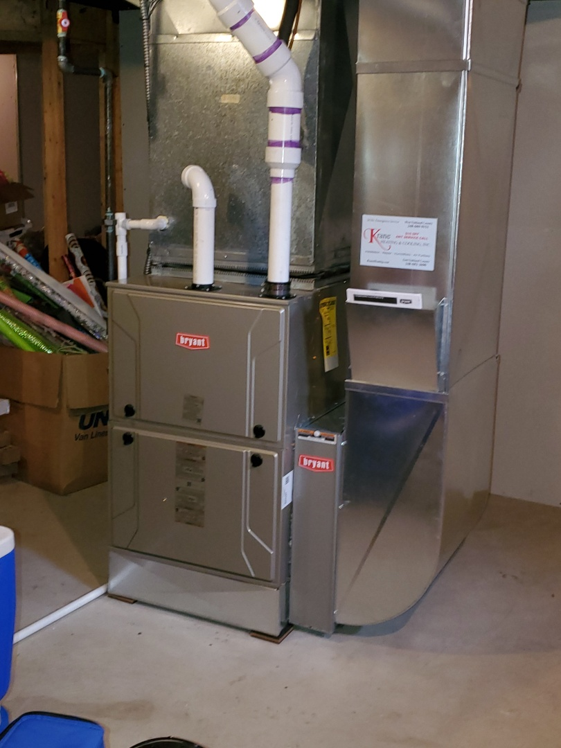 Commerce Charter Township, MI - Install the 120000 BTU Bryant 96% efficient furnace