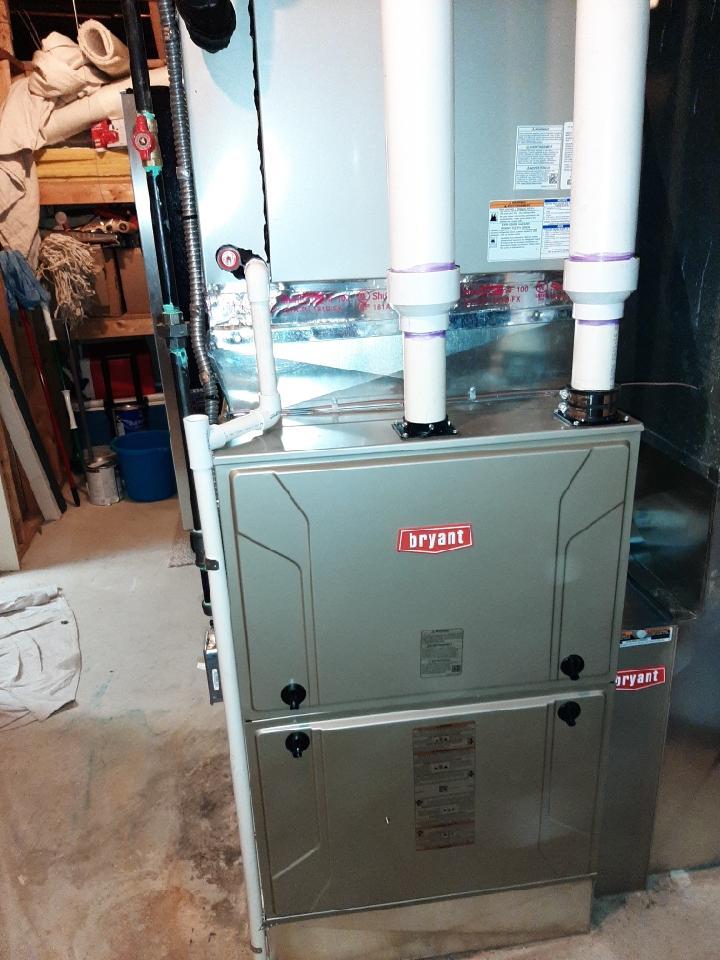 Bloomfield Hills, MI - Installed 120,000 BTU Bryant high efficient furnace