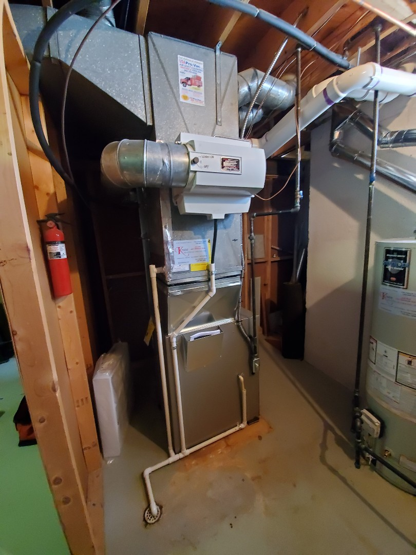 West Bloomfield Township, MI - Install a Bryant 96% efficient furnace And a Bradford white water