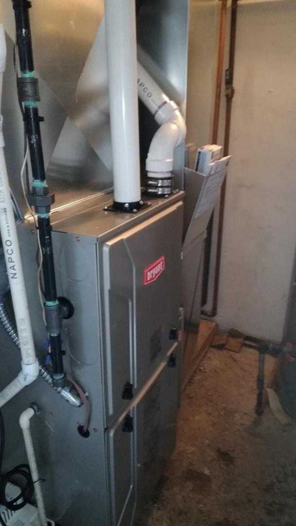 Troy, MI - Installed an 80000 BTU Bryant high efficient furnace