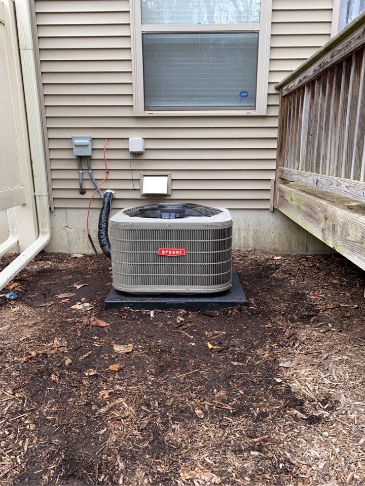 Waterford Township, MI - Installed a 2 Ton Bryant air conditioner