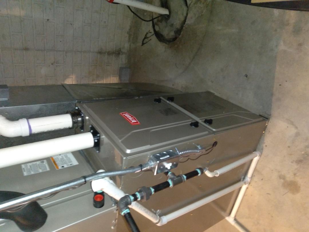 Auburn Hills, MI - Installed an 80,000 BTU Bryant high efficient furnace
